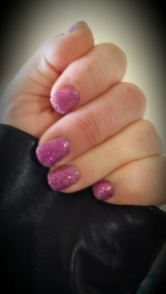 Purple sparkles - two words that are welcome in my life! #sweetsixteenjn #kozicanjam #jamkozyoucan #jamberry #nailfie