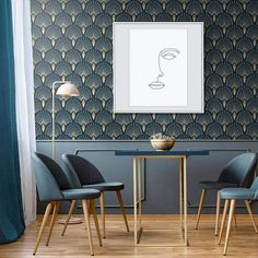 7 Art Deco Interior Design Tips Do you want to add a bit of elegance to your home? Then why not add a touch of the iconic Art Deco? Here are 7 Art Deco touches that will liven up your house. Salon Art Deco, Art Deco Stil, Modern Art Deco, Interior Design Tips, Interior Inspiration, Interiores Art Deco, Art Deco Wallpaper, Estilo Art Deco, Amazing Decor