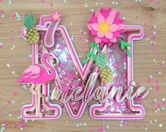 Flower Cake Toppers, Diy Cake Topper, Woody Y Buzz, Cricut Cake, Flamingo Cake, Indian Beadwork, 3d Letters, Paper Crafts, Diy Crafts