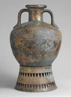 Bronze pointed neck-amphora with stand, ca. 500–450 B.C.  Greek  Bronze
