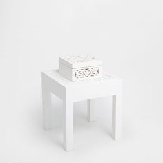 Image of the product White braided stool