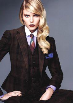 """Tailored For Her"" : Maryna Linchuk : Vogue Japan December 2012 : Sharif Hamza Vogue Japan, Tomboy Fashion, Suit Fashion, Androgynous Fashion Women, Fashion Beauty, Mens Fashion, Woman Fashion, Women Ties, Suits For Women"