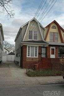 $315,000  Colonial  3 Bedrooms  2 Full 1 Half Bathrooms
