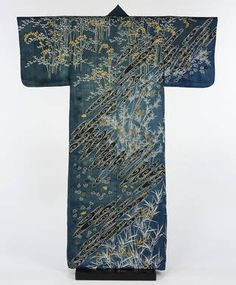 Kimono, 1860-1890, Japan. Museum no. 874-1891. © Victoria and Albert Museum, London
