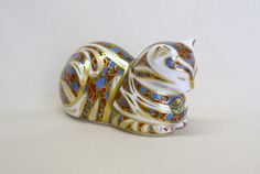 Antiques United Royal Crown Derby Contented Cat Paperweight