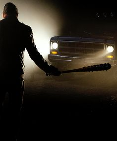 Negan 7x01'The Day Will Come When You Won't Be'