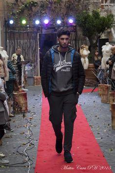 Simone #AllYouNeedIsLook #Domenica18    #Parka #AndyWalrus #WalrusClothes #JackJones #JackAndJones #UrbanWear #Menswear #outfit #fashionable #fashionmen #FashionStyle #Fashionista #like4like #Guy #men #Winter #TagsForLikes #love #instadaily #cute #photooftheday #instagood #picoftheday #tweetgram #beautiful #mensstyle #FreeYourStyle #Manoftheday