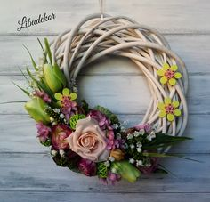 Diy Wreath, Door Wreaths, Willow Wreath, Seasonal Flowers, Florists, Easter Wreaths, Summer Wreath, Flower Crafts, Flower Decorations