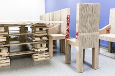 Cardboard paper chair made with recycled boxes from the factory of General Motors Spain by Pétula Plas