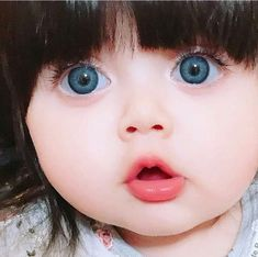 Cute Baby Girl Images, Cute Little Baby Girl, Baby Girl Pictures, Beautiful Baby Girl, Cute Girl Face, Little Babies, Beautiful Eyes, Cute Baby Girl Wallpaper, Cute Babies Photography