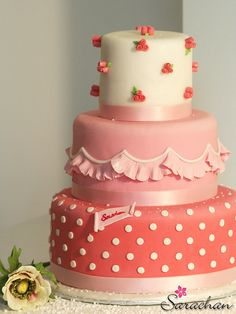 Rose chic cake by Sarachan Bloggoloso, via Flickr