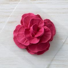 How to Make Icing Carnations - Cake Decorating Simple Ideen Creative Cake Decorating, Cake Decorating Tools, Cake Decorating Techniques, Cookie Decorating, Frosting Flowers, Royal Icing Flowers, Sugar Flowers, Buttercream Flowers Tutorial, Cake Flowers