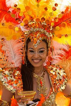 St Maarten Carnival 2009 by Christophe Seger, via Flickr Carribean Carnival Costumes, Carnival Outfits, Caribbean Carnival, Carnival Dancers, Rio Carnival, Trinidad Carnival, Carnival Decorations, Carnival Themes, Samba Rio