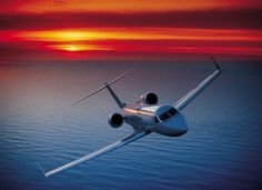 Charter a Gulfstream Large Jet manufactured by Gulfstream between 2003 and View Gulfstream performance, specifications and cabin comparisons against other Large Jets. Jets Privés De Luxe, Luxury Jets, Luxury Private Jets, Private Pilot, Private Plane, Avion Jet, Gulfstream G650, Jet Privé, Aviation Industry