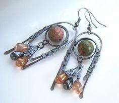 Boucles d'oreille wire wrap  perles de unkaite et par Adrimag