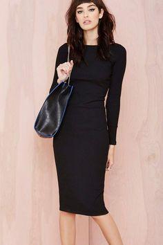 Street style | Long sleeves pencil dress