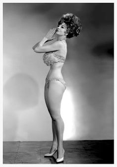 Tempest storm - Queen of burlesque -