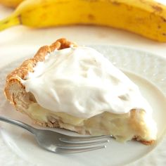 Banana Cream Pie: hold the graham crackers, ditch the pudding