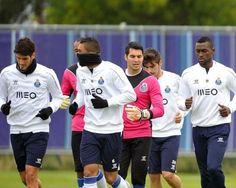 FC Porto Noticias: Coletes deixam pistas