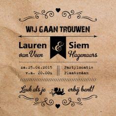 Retro #trouwkaart met een papieren zak als achtergrond en daarop jullie uitnodiging. #invitation #paperbag