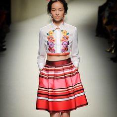 <3 skirt // Alberta Ferreti ❤️ Inspiração para meu próximo projeto de alto verão!! #colors #summer #flowers  #frida @albertaferretti