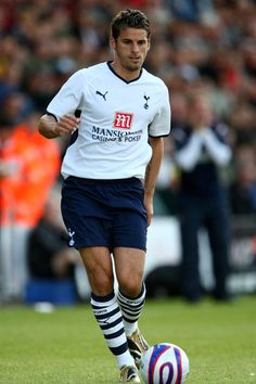 ~ David Bentley of Tottenham Hotspur has been released and is currently a Free Agent ~ Soccer World, World Football, Football Players, Tottenham Hotspur Players, Barclay Premier League, Gareth Bale, Free Agent, North London, Maria Sharapova