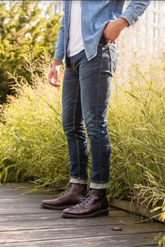 Casual clothing is a dress code that's popularly found in the Western culture setting that consists of any dress codes that don't fit traditionally. Brown Boots Outfit, Mens Brown Boots, Mens Work Boots, Men Boots, Stylish Mens Outfits, Casual Outfits, Men Casual, Mens Fall Outfits, Smart Casual