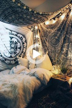 Girls Bedroom Decor Small bedroom decorating ideas including cozy decor such as faux fur, lots of pi Bohemian Bedrooms, Indie Bedroom, Small Room Bedroom, Room Ideas Bedroom, Girls Bedroom, Dorm Room, Small Rooms, Master Bedroom, Bedroom Furniture