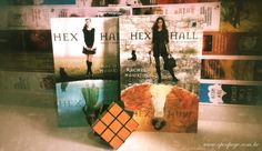 Resenha do segundo vol. da série Hex Hall   http://www.openpage.com.br/2013/06/resenha-hex-hall-2-maldicao.html