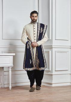 Indian Wedding Sherwani,mens wedding wear,wedding sherwani,groom sherwani for wedding,designer weddi Sherwani For Men Wedding, Wedding Dresses Men Indian, Groom Wedding Dress, Sherwani Groom, Mens Sherwani, Groom Dress, Wedding Men, Wedding Suits, Wedding Ideas