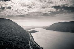 Watch Your Neck at Hiking Breakneck Ridge, New York
