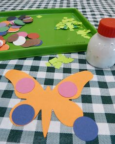 Paula's Preschool and Kindergarten: Butterfly Learning at Story Time -  symmetry with butterflies