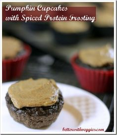 Pumpkin Cupcakes with Spiced Protein Frosting {Recipe}