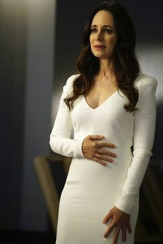 Victoria Grayson, Madeleine Stowe, Hollywood, Classic Actresses, Office Dresses, Some Girls, Dress For Success, Beautiful Celebrities, Revenge Tv