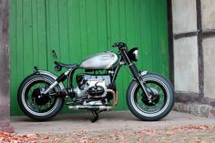 """caferacerpasion: """"BMW R100-7 Bobber by HB Custom 