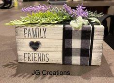 Wood Block Crafts, Wooden Crafts, Wood Blocks, Summer Crafts, Holiday Crafts, Book Crafts, Decor Crafts, Diy Wood Books, Crate Decor