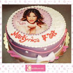 Tort Violetta.