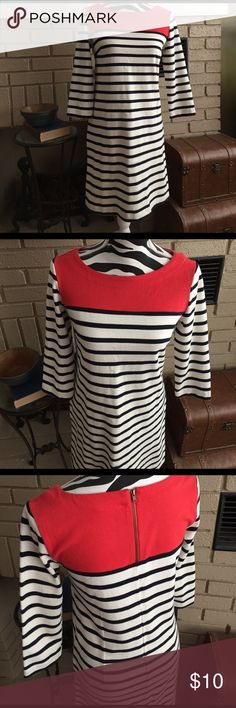 Gap striped long sleeved dress Great dress - business casual style GAP Dresses Long Sleeve