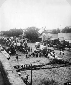 Wagon Train in Canon City, Colorado, 1878 Canon City Colorado, Old Western Towns, Old West Town, Old West Photos, Westerns, Into The West, Oregon Trail, American Frontier, Le Far West