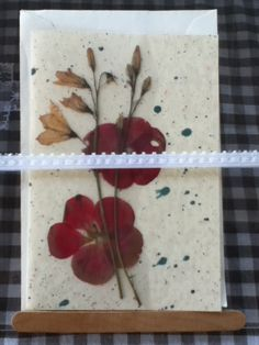 Flower cards! Flower Cards, Farmers Market, Plastic Cutting Board, Flowers, Pictures, Painting, Art, Photos, Art Background