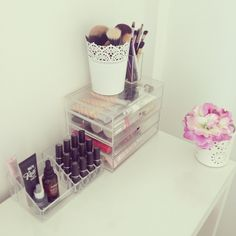 Dressing table accessories!!!