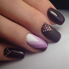 Mani Pedi, Manicure And Pedicure, Garra, Pretty Nails, Fun Nails, Purple Nails, Beautiful Nail Art, Short Nails, Nail Inspo