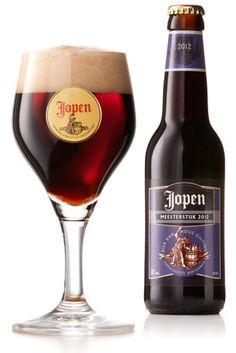 Meesterwerk / Het bier wordt gebrouwen ter ere van Sint- Maarten de beschermheilige van het Haarlemse brouwersgilde. In de Middeleeuwen moesten ambachtslieden een meesterstuk creëren als proeve van bekwaamheid. In Haarlem was het belangrijkste gilde het brouwersgilde genaamd het Sint Maartengilde. Dit bier wordt jaarlijks in beperkte oplage gebrouwen. Jaarlijks zal de receptuur verschillen.