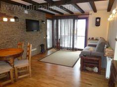 Apartamento en Viella para 6 personas a 14 kilómetros de la estación de esquí de Baqueira Beret. www.pirinalia.com
