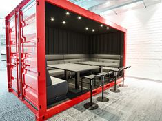 "Képtalálat a következőre: ""shipping container office design"" Industrial Office Design, Office Interior Design, Office Interiors, Shipping Container Office, Shipping Container Buildings, Container Home Designs, Container Architecture, Architecture Design, Warehouse Design"