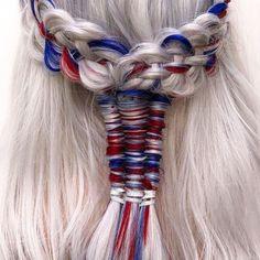 - Beauty Photos, Trends & News Allure hair color ideas for white hair - Hair Color Ideas Rose Brown Hair, Icy Blue Hair, Red Blonde Hair, Hair Color Blue, White Hair, Ombre Hair, Blue Hair Extensions, Beauty Fotos, Dimensional Hair Color
