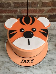 Home - Hannah Hickman Cakes Celebration Cakes, Christening, Wedding Cakes, Desserts, Food, Design, Shower Cakes, Wedding Gown Cakes, Tailgate Desserts