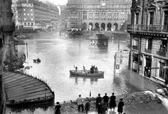 A great flood engulfed the French capital in 1910.