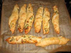 Blätterteigtasche mit Spinat-Käsefüllung