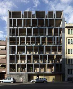 Habitação na Rua Maestri Campionesi - Archea Associati Building Skin, Mix Use Building, High Rise Building, Building Design, Facade Architecture, Contemporary Architecture, Interesting Buildings, Facade Design, Facade House